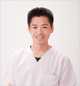 美容鍼灸師のヒロヤマモト