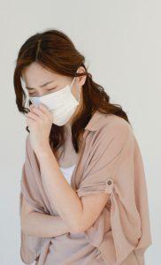 女性 花粉